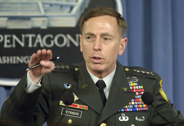 US weighs criminal charges for Petraeus