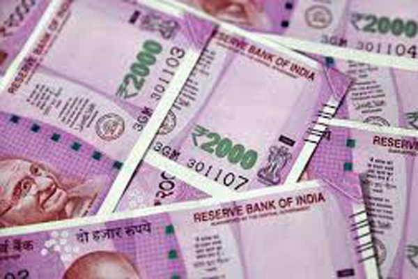 Tax sleuths seize Rs 11.53 cr cash from TN warehouse