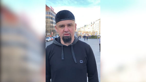 Imam who urged Czech Muslims to take up arms is fired