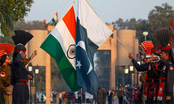 Pak court allows Indian woman to return home