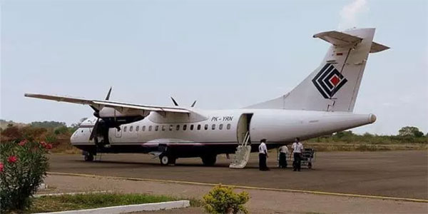 Plane with 16 policemen aboard crashes in Indonesia