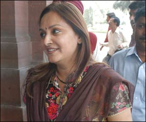 Jayaprada to return to Andhra politics