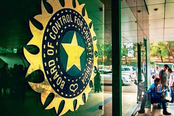 BCCI officials admit concern about umpire recruitment