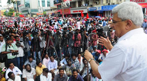 Congress could not take on BJPs extreme Hindutva - Prakash Karat