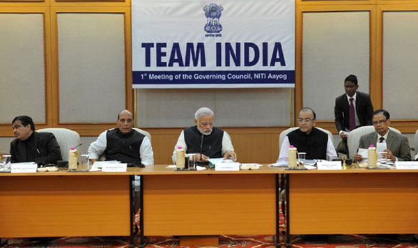 Modi asks states to work in tandem with Centre