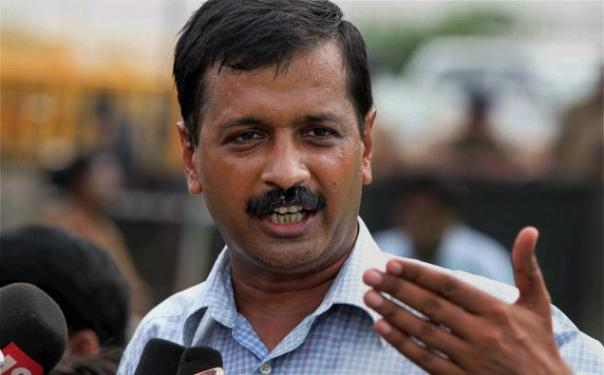 Kejriwal attacks BJP over power crisis, government formation