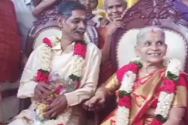Kerala old couple tie the knot, Twitterati love it