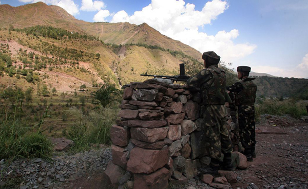 Soldier killed as Pak army violates ceasefire along LoC in J-Ks Rajouri