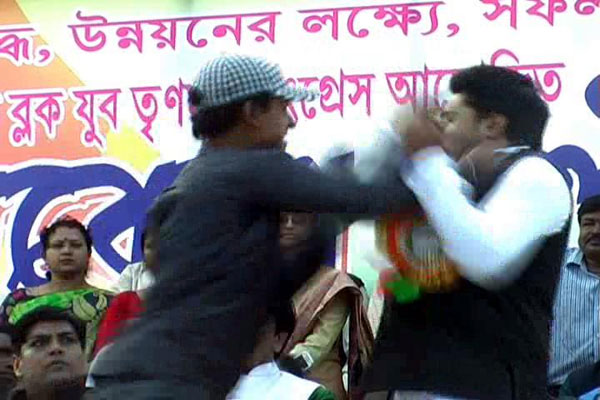 Youth slaps Mamatas nephew Abhishek at public meeting