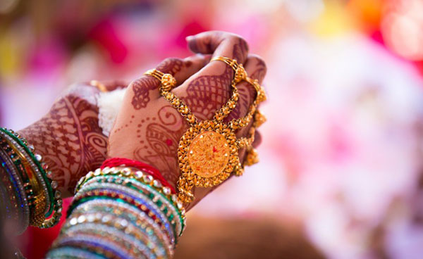 Marriage queries annoy single Indian women!