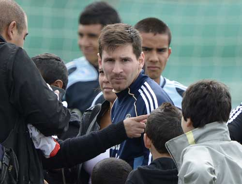 Messi sports tattoo with sons name