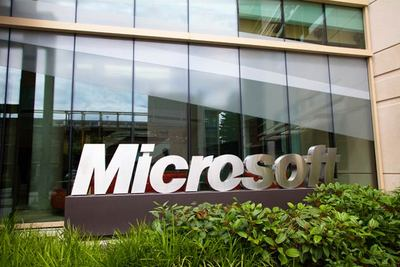 Microsoft unveils new email service