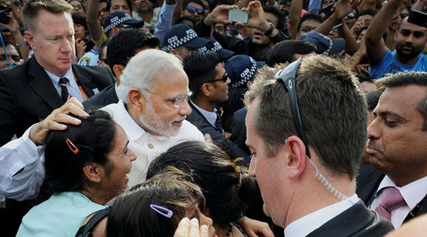 Modi urges diaspora to participate in Clean India campaign