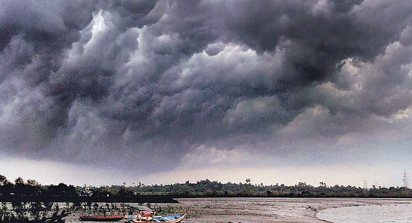 IMD red alert in 3 districts