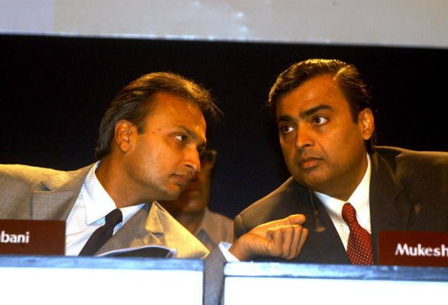 Ambani brothers in Rs 12000 crore tower sharing pact