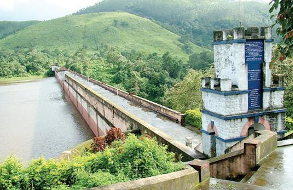 Mullaperiyar water level at 141.7 feet; one spillway shutter closed