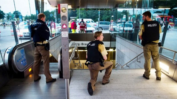 10 including suspect dead in Munich shooting spree
