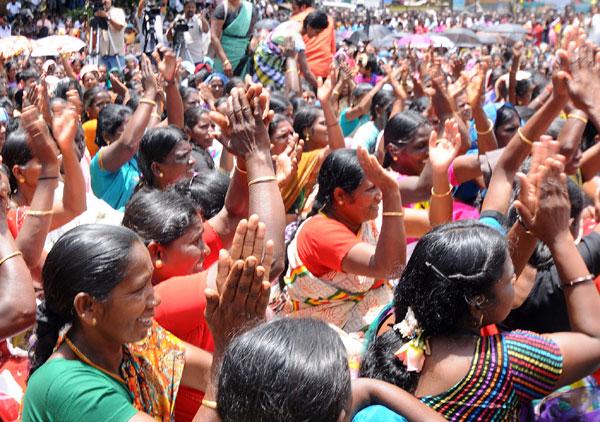 Munnar tea plantation workers end 9-day strike