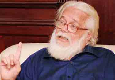 ISRO spy case: SC notice to govt, ex-cops on Nambi's plea