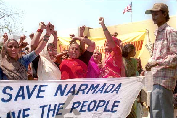 Gujarat hails decision to raise Narmada dam height, activists protest