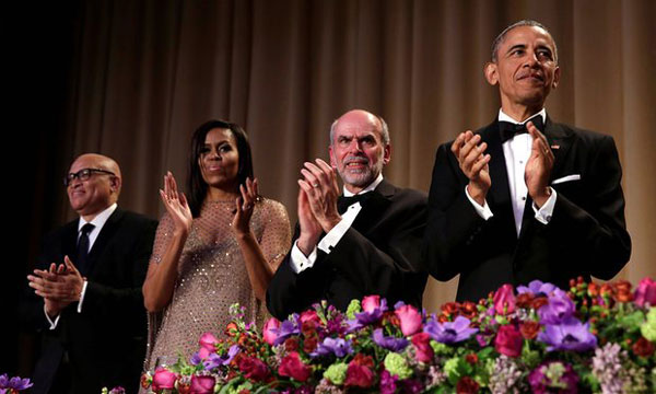 Obama ends his final correspondents dinner with Obama out