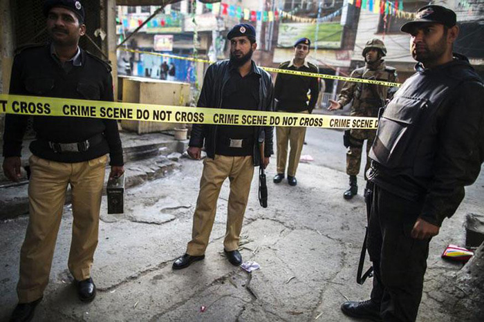 8 Dead, 20 Injured in Lahore Explosion