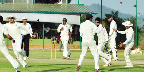 Kerala takes handsome lead against Jharkhand