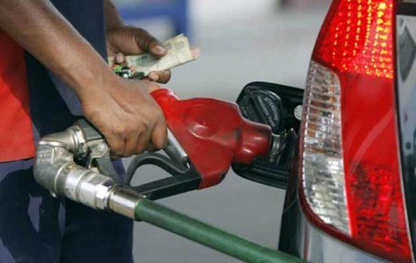 Petrol hiked by 64 paise/litre, diesel cut Rs.1.35 in Delhi