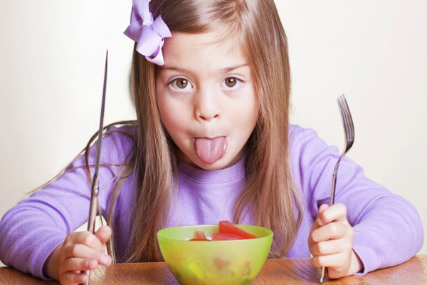 Smart feeding techniques for fussy child