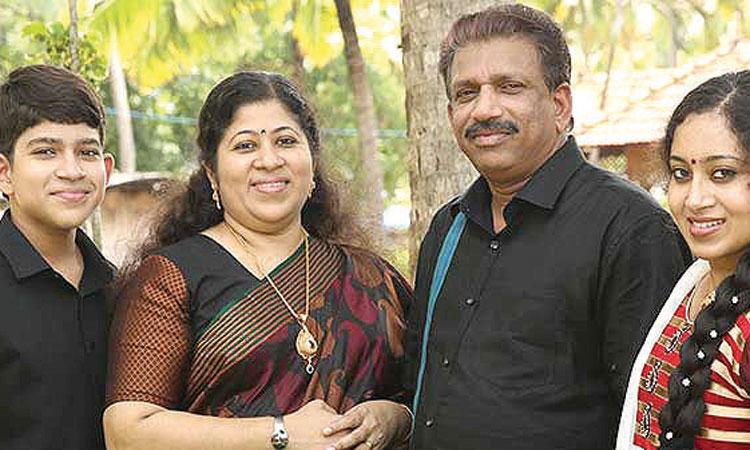 Hopeful of joining LDF, says Pillai