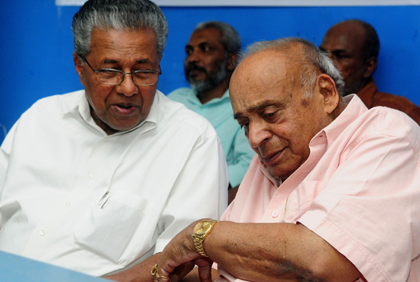 Socialist groups should be with Left: Pinarayi Vijayan
