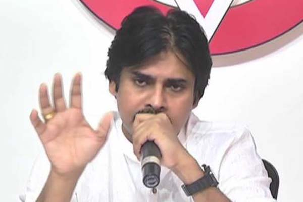 Kalyan hits out at Reddy over candidate choice