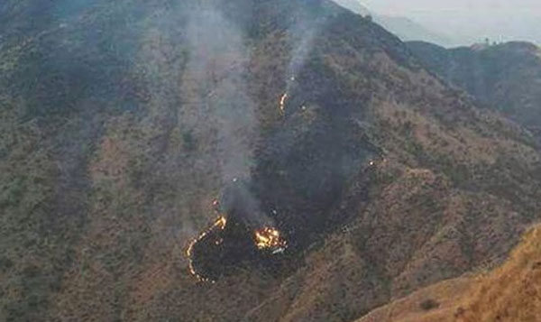 Pak plane mishap: Pilot lost control of engine, made 'mayday call before crash