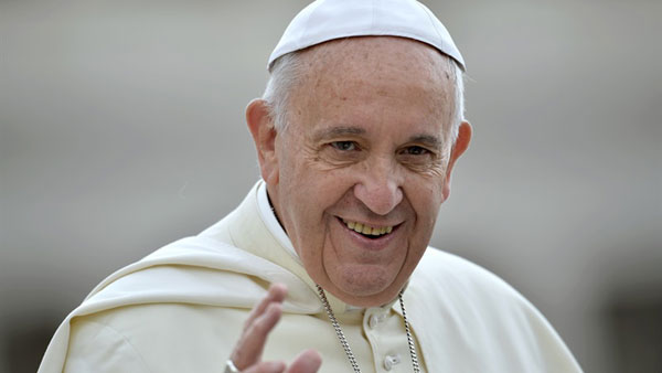 Pope urges youngsters to marry