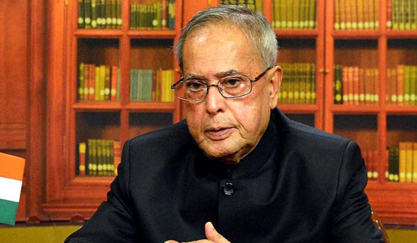 Pranab hails Election Commission for its perfect role