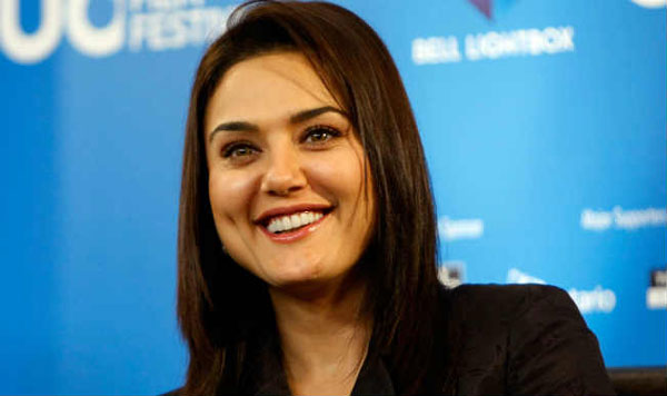 SRK, only actor who can make me cry: Preity Zinta