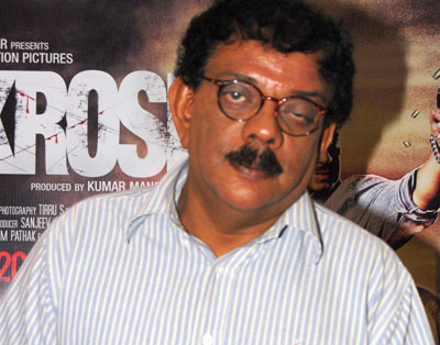 Dont know how to make hit films: Priyadarshan