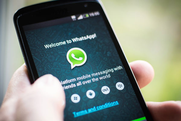 WhatsApp finally makes the jump to your web browser