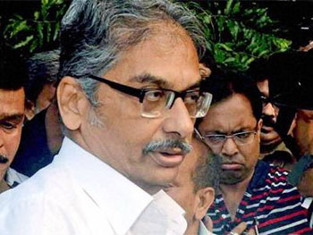 Victim of varsity politicisation: Outgoing Jadavpur VC