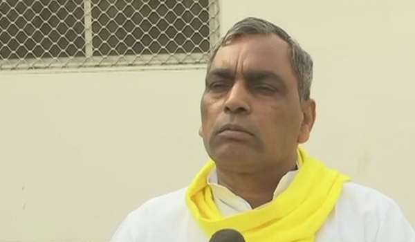 Om Prakash Rahbhar dismissed from Yogi government
