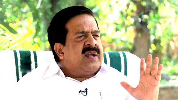 Let CPI-M learn their lesson from Jayarajan's arrest, says Chennithala