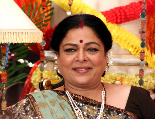 Reema Lagoo, Bollywood's favourite mom passes away