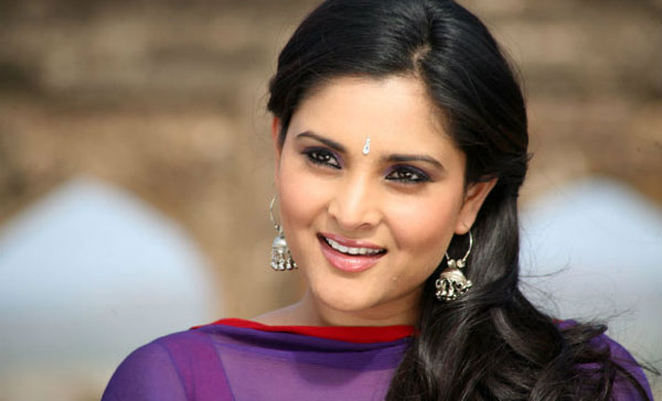 Will not be bullied, will definitely visit Pakistan to talk peace: Ramya