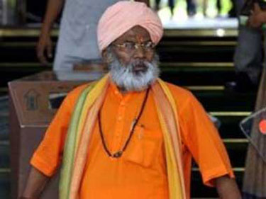 Sakshi Maharaj remains defiant despite BJP notice