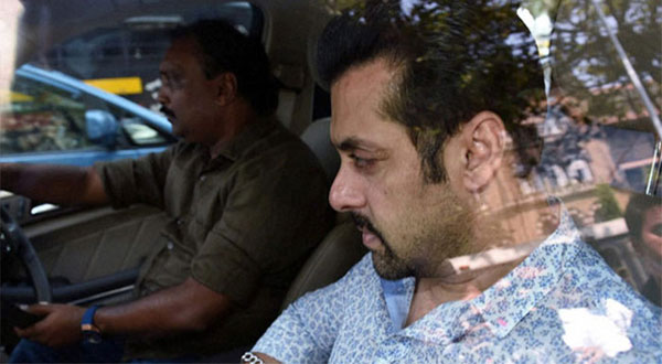 Rajasthan HC rejects Salmans petition in arms case