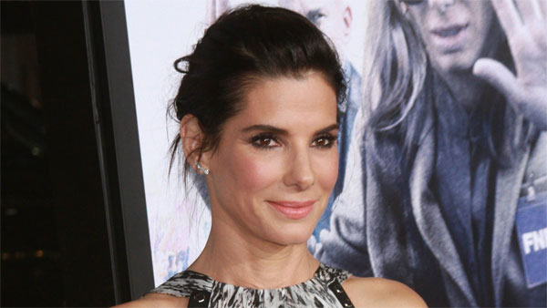 Sandra Bullock donates $1 million to Hurricane Harvey relief efforts