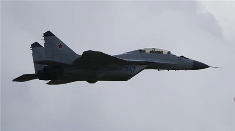 Russian warplanes launch air strikes in Syria