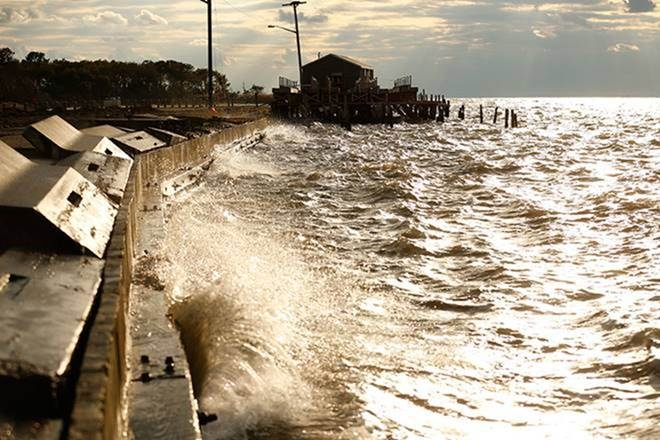 Global sea level may rise 50 feet by 2300