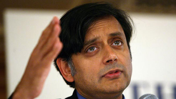 Tharoor refers to AAP while raking up inner-party democracy