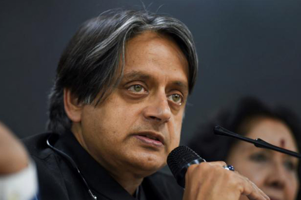 Cong leaders in Kerala take on Tharoor for remarks praising PM